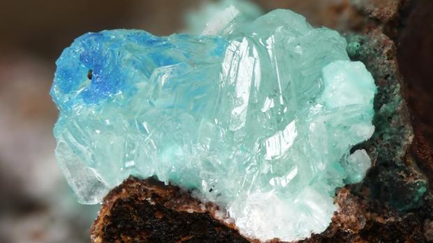 «Simonkolita», mineral encontrado en restos de herramientas de minería en Arizona (Estados Unidos)