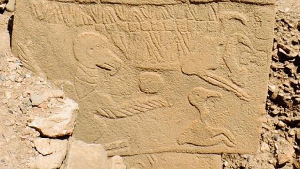El pilar del buitre de Göbekli Tepe