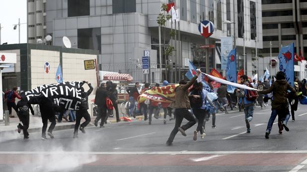 Decenas de detenidos en Estambul en las marchas de protesta del Primero de Mayo