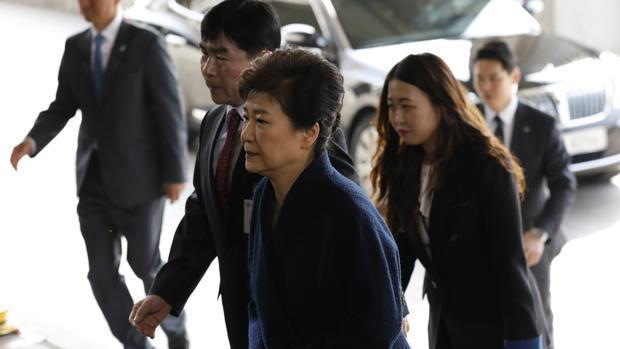 El abogado de la expresidenta surcoreana niega los cargos por corrupción