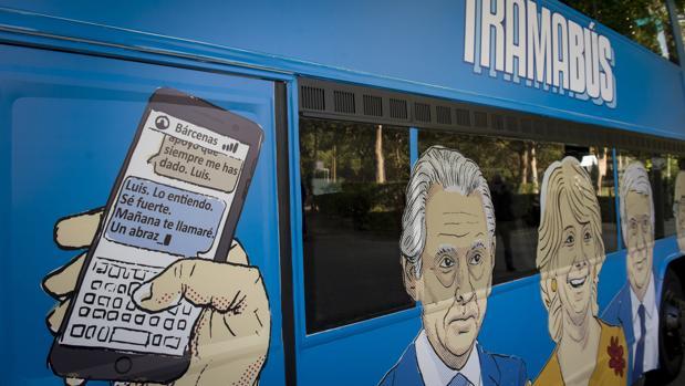 El Ayuntamiento de Madrid sí permitirá circular por la ciudad al autobús de Podemos