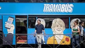 El autobús de Podemos hizo paradas de más de dos minutos en zonas no habilitadas
