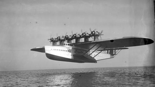 Amerizaje de un Dornier Do X. Solo se construyeron tres unidades