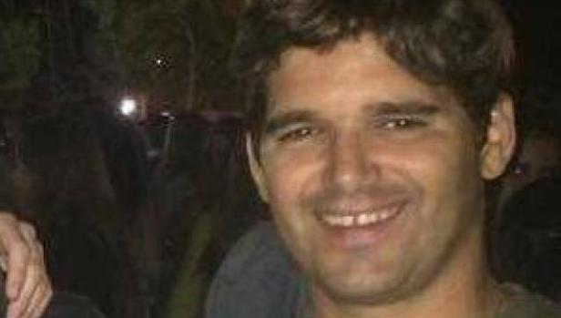El héroe español que se enfrentó a los terroristas con un monopatín