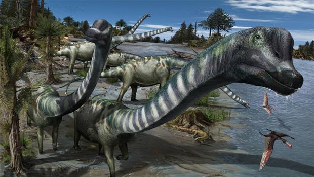 Europatitan eastwoodi, con su gigantesco cuello de unos 10 metros