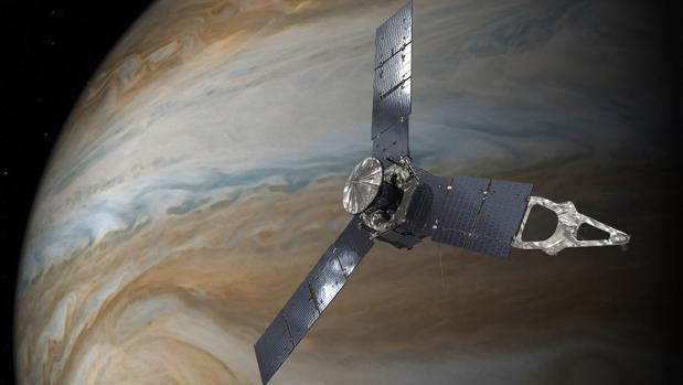 La nave espacial Juno de la NASA en órbita sobre la Gran mancha Roja de Júpiter.