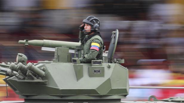 Maduro ha detenido a más de 120 militares desde que arrancaron las protestas
