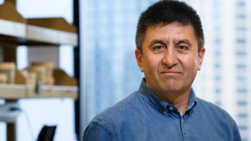 El investigador Shoukhrat Mitalipov, impulsor de la primera edición de genes de embriones humanos en Estados Unidos