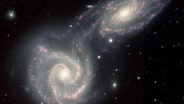 Dos galaxias pueden intercambiar materia