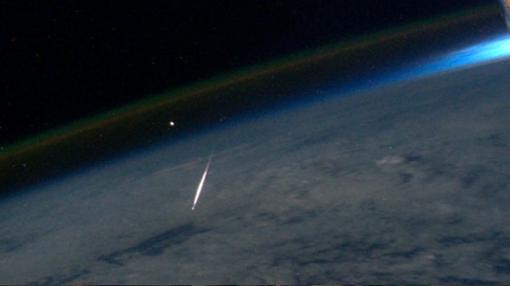 Una Perseida vista desde la Estación Espacial Internacional