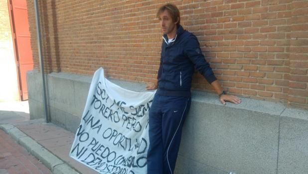 Un novillero se declara en huelga de hambre porque quiere torear en Las Ventas