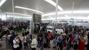 Las colas vuelven al aeropuerto de El Prat