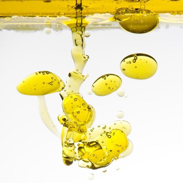 No siempre es cierto que aceite y agua se repelan, según los científicos de la Universidad de Edimburgo