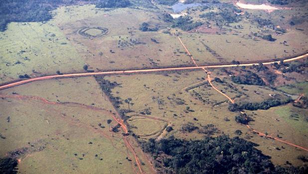Sitios de Sá y Seu Chiquinho, con trazados circulares, cuadrados y en forma de U