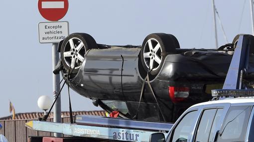 Imagen del vehículo utilizado por los terroristas de Cambrils