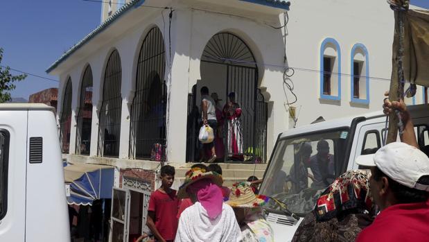 Marruecos impone el silencio en la aldea natal del imán de Ripoll