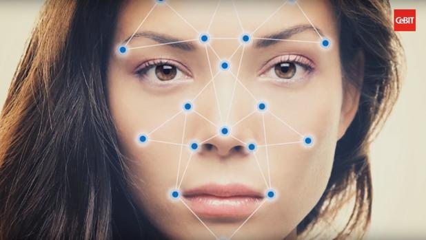 Una inteligencia artificial traduce las caras a números y relaciona la información con datos almacenados sobre la orientación sexual