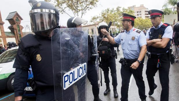 La Policía y la Guardia Civil creen que el 1-O tendrá consecuencias en su relación con los Mossos