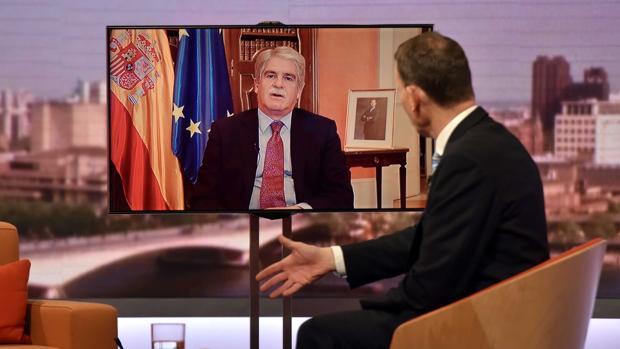 Andrew Marr entrevista al ministro Dastis en la BBC este domingo