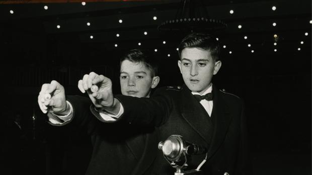 Imagen del sorteo del año 1963. Las matemáticas pueden enfriar la ilusión que despierta la lotería