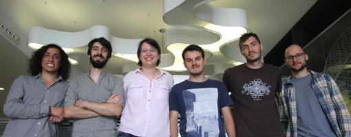 El equipo del ICFO, de izquierda a derecha: Cesar R. Cabrera, Dr. Luca Tanzi, Leticia Tarruell, Julio Sanz, Dr. Bruno Naylor y Philip Thomas