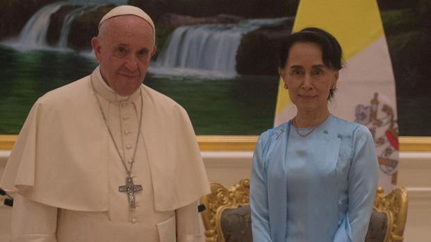 Hemeroteca: El Papa insta a Birmania a respetar a todos los grupos étnicos, sin exclusión   Autor del artículo: Finanzas.com