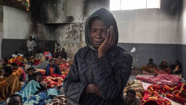 Imagen de finales de noviembre de la sala principal del centro de detención de inmigrantes Tariq Al-Matar, en Trípoli