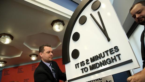 Los científicos atómicos han decidido adelantar el Reloj del Juicio Final Apocalipsis1-kho--620x349@abc