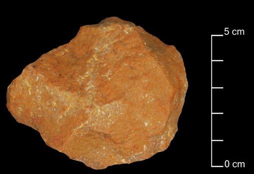 Herramienta del Paleolítico medio hallada en el yacimiento de Attirampakham