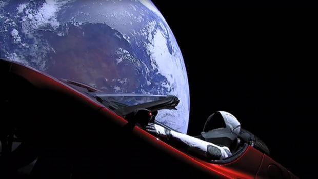 Imagen del Tesla en el espacio