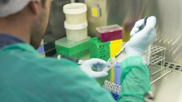 Más 40 centros de investigación se unen para proteger la Ciencia de los ataques de Hacienda