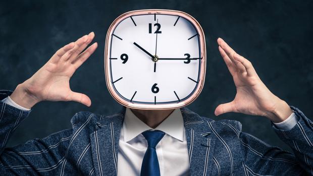 La aritmética modular o aritmética del reloj es de uso común en nuestras vidas