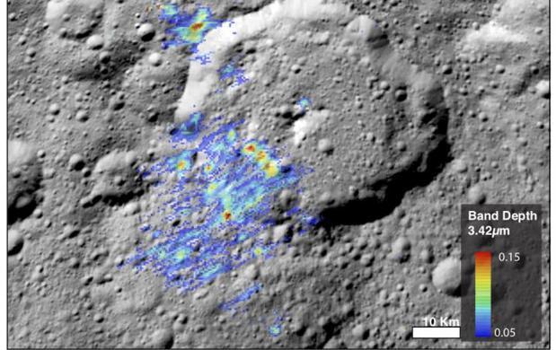 La imagen muestra una alta concentración de materia orgánica cerca del cráter Ernutet, en el hemisferio norte de Ceres