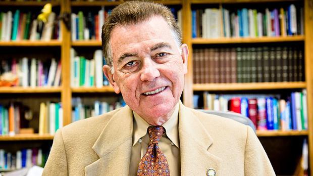 El biólogo español Francisco Ayala