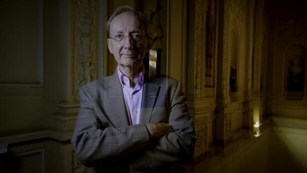 Sir John Pendry, en la sede de la Fundación BBVA