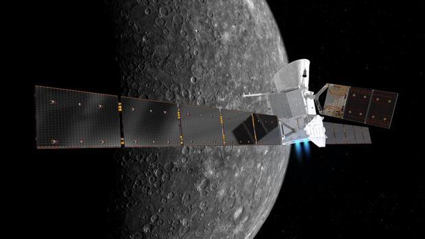 Representación de la sonda BepiColombo y la superficie de Mercurio