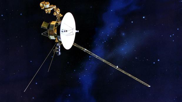 Representación de una sonda Voyager. Tiene capacidad de estudiar el viento solar y la naturaleza del espacio interestelar