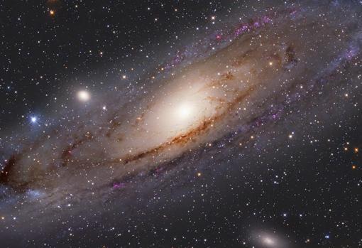 Fotografía de Andrómeda, una entre cientos de miles de millones de galaxias
