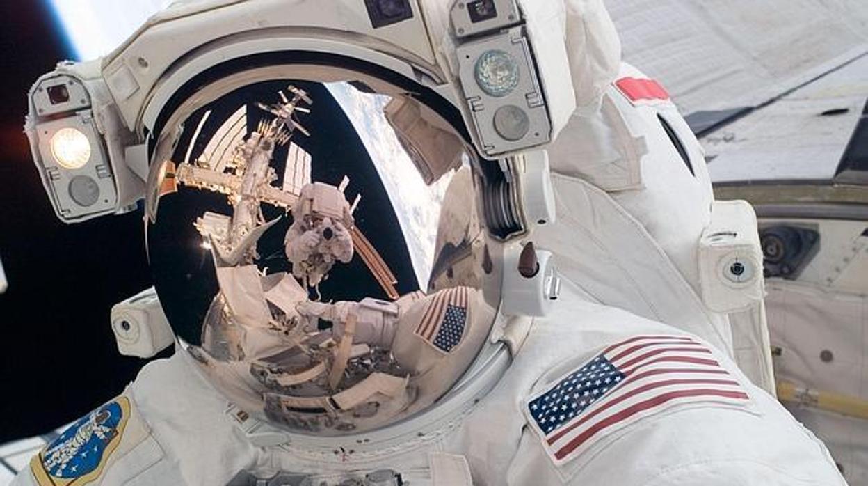 Resultado de imagen para nasa astronauta