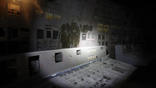 Centro de control del reactor 4 de Chernóbil, fotografiado en 2011
