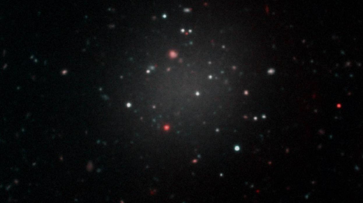 """Resultado de imagen de Aumenta el misterio: encuentran otras 19 galaxias sin materia oscura"""""""