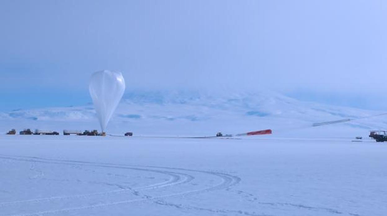 Resultado de imagen para ¿Son las dos misteriosas partículas captadas en la Antártida la puerta de entrada a una Nueva Física?