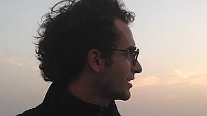 """Javier Artero: «La palabra """"artista"""" me resulta pretenciosa. Lleva implícito el término """"arte""""»"""