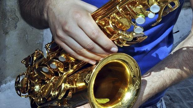 El saxofón fue inventado en 1840 por Adolphe Sax, de cuyo nacimiento se cumplen 201 años este viernes