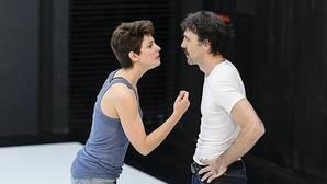 Bárbara Lennie e Israel Elejalde, en una escena de la obra