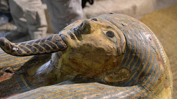 Imagen del sarcófago del sacerdote de Amón Ra hallado en Luxor