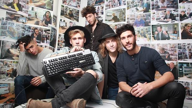 El grupo de música Auryn charla con sus fans en el chat de ABC.es