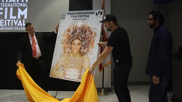 El director del festival, Jaie Laplante, descubre el cartel de esta edición