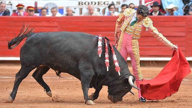 José Tomás toreando en México