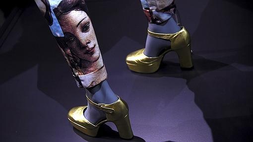 La Venus de Botticelli en unos pantalones de Dolce&Gabanna